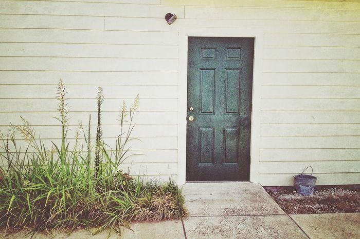 IPhoneography Green Door Delivering Packages Work
