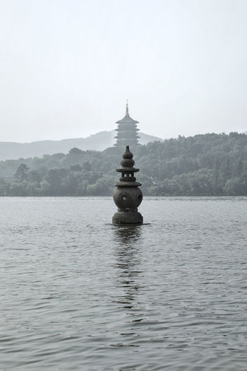 Scenery Photography 风光 杭州 西湖 中国风 山水 China Photos Water Place Of Worship Spirituality Lake Religion Beauty Business Finance And Industry Floating On Water Pagoda Architecture