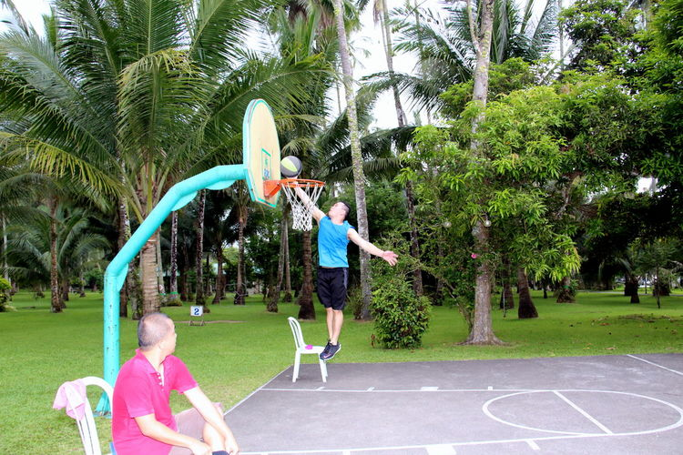 Boys Court Enjoyment Fun Happiness Jumpshot Outdoors Playing Weekend Activities