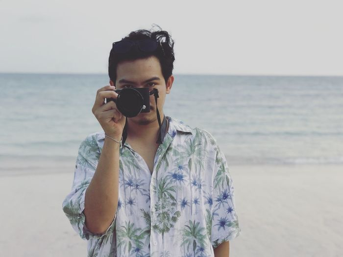 Beach Front View Horizon Horizon Over Water Land Leisure Activity Lifestyles Nature One Person Outdoors Portrait Real People Scenics - Nature Sea Sky Standing Waist Up Water Young Adult Young Men EyeEmNewHere