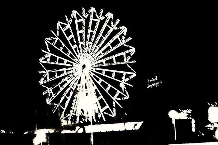 Berputar Night Fujixa1 Niteshots Streetphotography Japan No People Bw Fujifilm_xseries Fujifilm Traveling