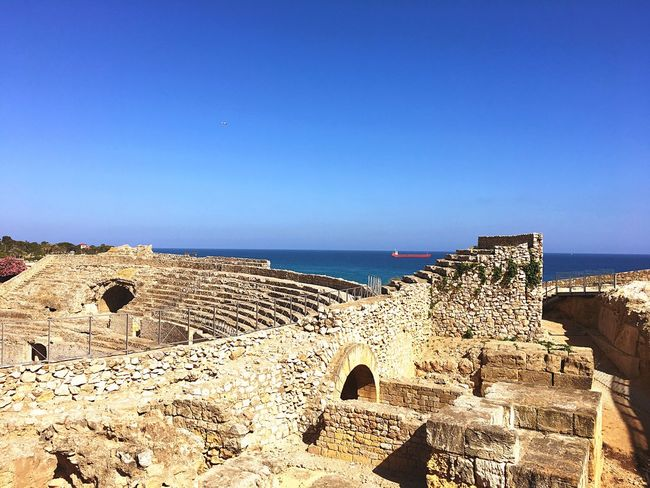 The Great Outdoors - 2017 EyeEm Awards Travel Destinations Architecture Old Ruin Outdoors Clear Sky Ancient Civilization Horizon Over Water Tourism Tarragona Tarragona, España Tarragonaturisme Tarragona 2017 Tarragona, Forum Romano Tarragona Enamora