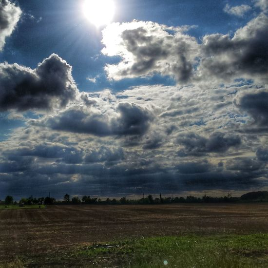 Nature's Diversities Country Life Field Farm Life Farm Puremichigan Mittenstate MidWest Clouds