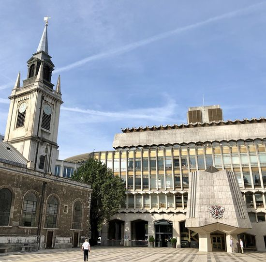 Guidhall London Guidhall Building Exterior Built Structure Architecture Building Sky Nature Incidental People Day Religion Travel Destinations Place Of Worship City History Outdoors The Past Belief Tower Spirituality Travel Low Angle View Spire