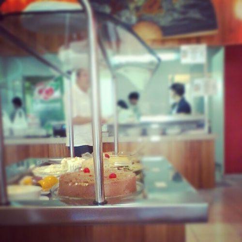 Para de encarar, torta alemã, sua linda :)