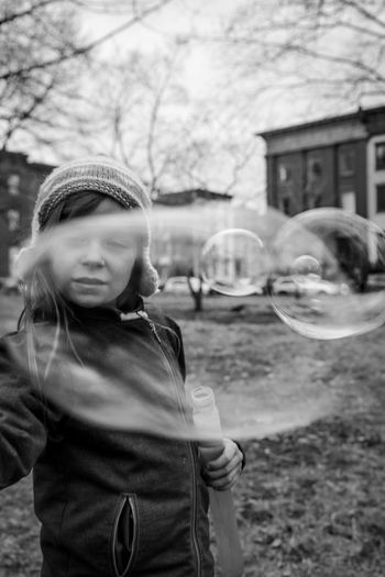 Black & White Black And White Bubbles Coat Daylight Girl Hat Knit Little Girl Park Park - Man Made Space Tobbagin Winter