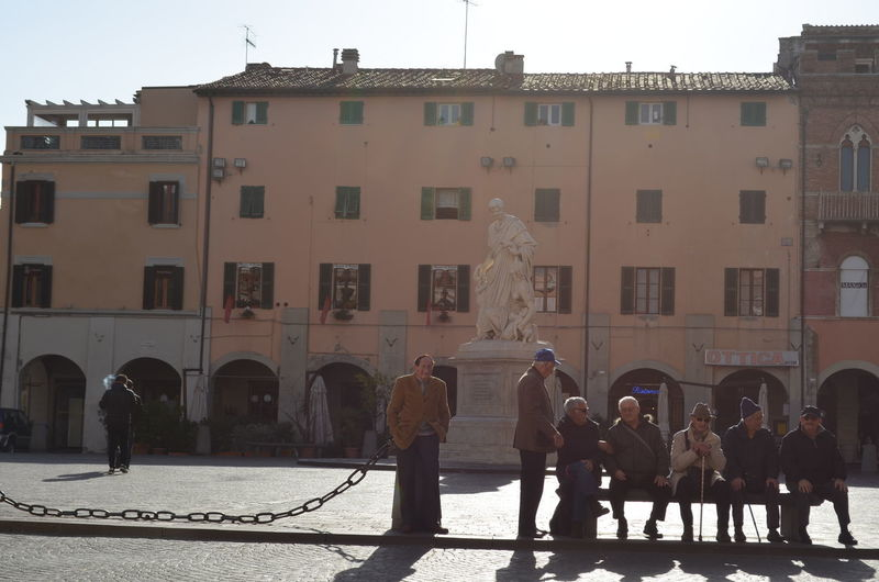 Travael Nofilter No People Italy 🇮🇹 Grosseto Italy Architecture Cityscape Travel Destinations Main Square People City Outdoors Day Sunlight City History Town Old Town Building Exterior Cristmas Decoration Sun