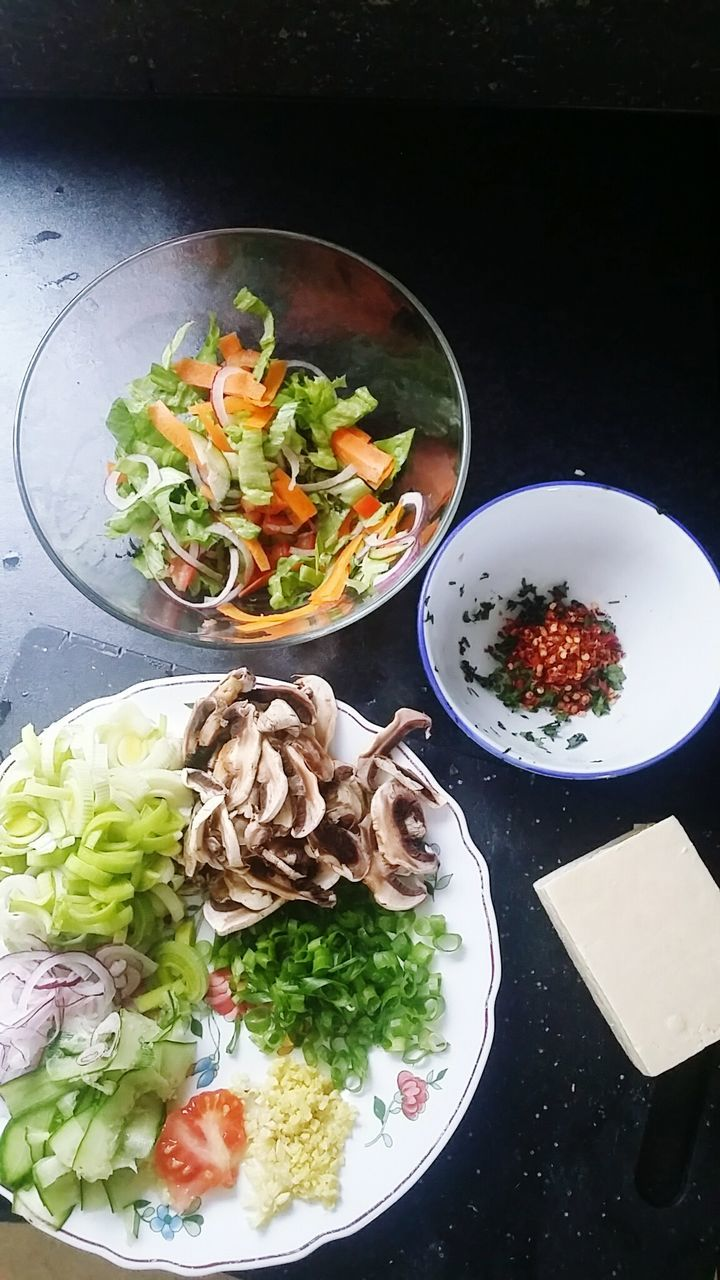 food and drink, food, healthy eating, bowl, freshness, vegetable, ready-to-eat, still life, indoors, serving size, salad, table, plate, soup, no people, meal, lunch, close-up, garnish, lettuce, day