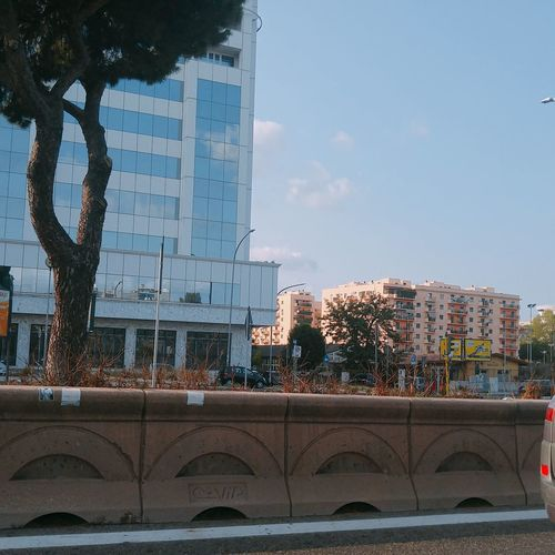 Summer day on the Colombo Building Exterior Summer Highway Road Colombo Cristoforocolombo Roma LGG4 Vehicle