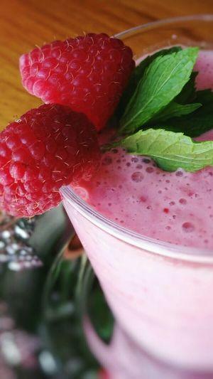 Healthy Food Fruitshake Raspberry Food Foodie Healthyliving Foodphotography EyeEm Food Lovers