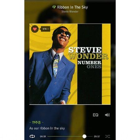 StevieWonder - Ribbon In The Sky 03:30 부터 시작되는 피아노 연주만 들어도 어느새 예술 속으로... StevieWonder Legend Rhythmandblues music melon 스티비원더 알앤비 멜론 음스타그램