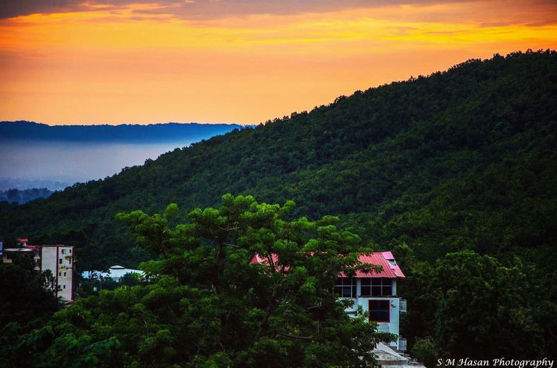 My Favorite Place Mountain Tree Sunset Scenics Architecture Built Structure Tranquil Scene Building Exterior Sky Growth Nature Green Color Tranquility Lush Foliage Mountain Range Orange Color Outdoors Cloud - Sky Non-urban Scene