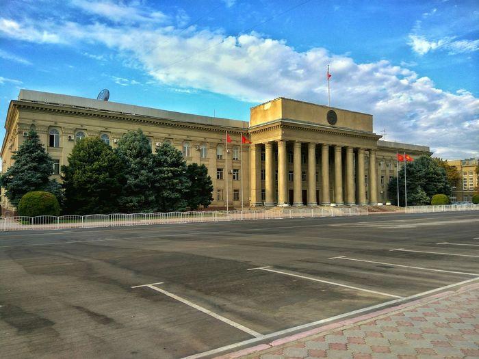 Parliament's House Bishkek Kyrgyzstan Building Architecture Bishkekcity Citylandscapes