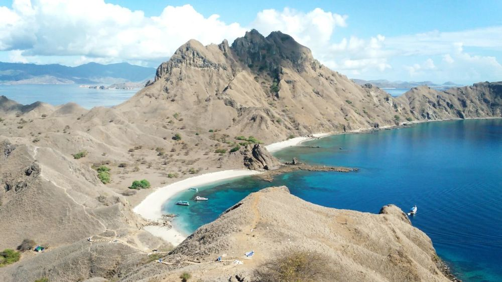 Padar Island Water Hot Spring Mountain Sand Beach Blue Panoramic Sea Volcanic Landscape Sky Physical Geography Natural Landmark