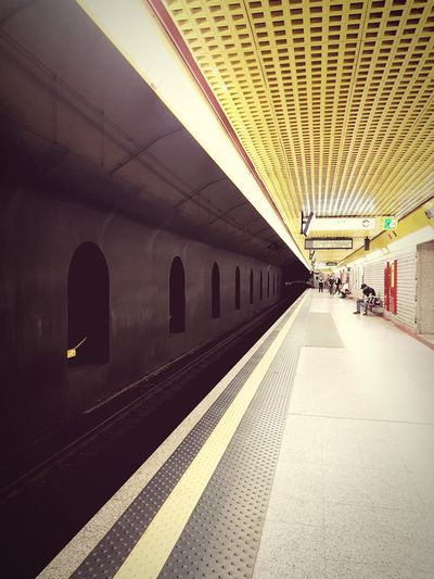 Perspective Abstract Waiting City Subway Train Ceiling Railroad Station Architecture Built Structure Rail Transportation Railway Track Railway Station Subway Platform Passenger Train Public Transportation Subway Metro Train EyeEmNewHere Adventures In The City
