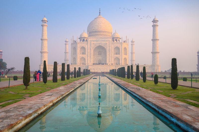 View of taj mahal against sky