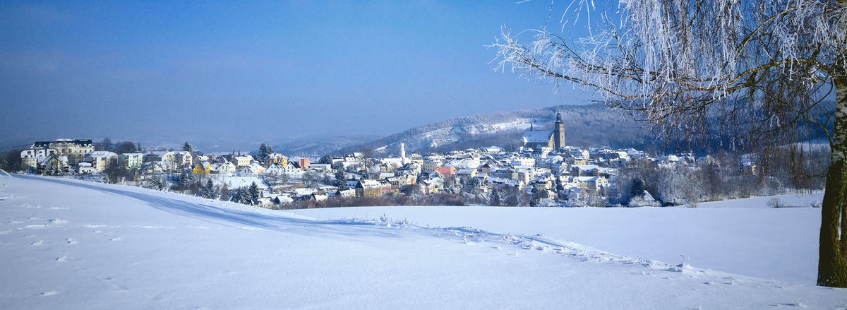 Blick auf Schneeberg Erzgebirge Nachtfotografie Architecture Bare Tree Blue Building Exterior Built Structure City Cold Temperature Day Frozen Illuminated Landscape Lg G4 Photography Mountain Nature No People Outdoors Residential Building Sachsen Schneeberg Sky Snow Snowing Tree Winter
