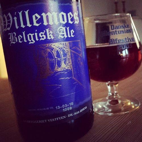 Feeling it's ... Wednesday. .. Ale Beer Belgianale Willemoes