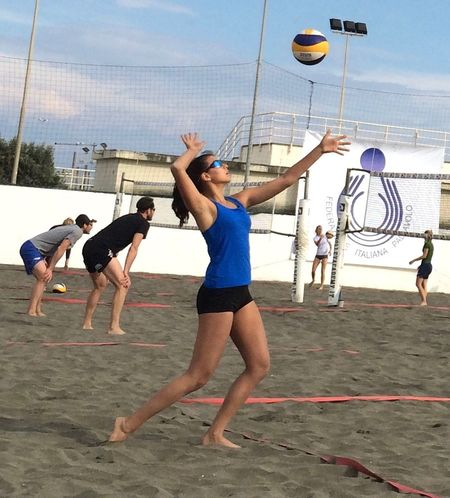 Beach Beachvolley Capture The Moment .M. Hands At Work Lifestyles Mare Move Movement Playing Things I Like Real People Sand Sandbeach See Ostia On The Move Volleyball Sports Photography Up In The Air Entertainment Lookingup Alternative Fitness Youth Of Today Photography In Motion