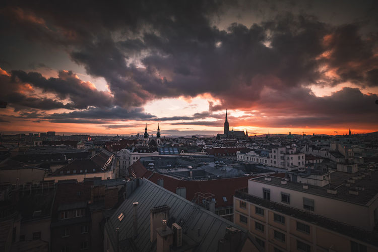 EyeEmNewHere EyeEm Selects EyeEm Best Shots Sunlight Sunset Sunset_collection Vienna EyeEm Gallery Colors Tones City Cityscape Sunset Urban Skyline Sky Architecture Dramatic Sky Romantic Sky Moody Sky Atmospheric Mood Atmosphere Cloudscape