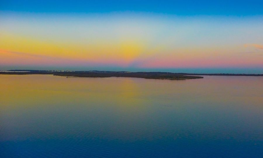 Sometimes you have to see the world from above. Dronephotography Check This Out Amazing View Hanging Out Twighlight Perfection Sydney Water_collection Sunset Colors Australia