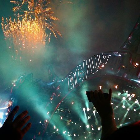 What an amazing end to the gig!!! Acdcworldtour2015 ACDC Rockorbustworldtour Rockorbust Glasgow  Hampden Fireworks Smoke Lights TakeoverMusic