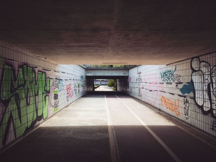 Streets of Hamburg and those random moments when you stop, freeze and snap Check This Out Showcase April Streetphotography Street Photography Underpass Sunshine Light And Shadow Ray Of Light Destinationgermany Colours Huế