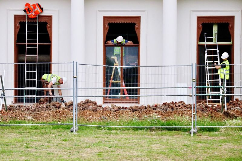 Building Exterior Built Structure Architecture Window No People Grass Day Outdoors Animal Themes Domestic Animals Mammal Men Workmen Builders London House Architecture England Park Grass Urban