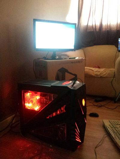 Vibox Video Gaming PC came today its beasty on a different level :-)