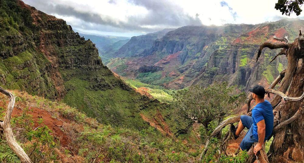 Kauai Hawaii Waimea Canyon HiLife Nature Optoutsid Nature Photography Amateur View Hiking Beauty CanyonMountain Outdoors Beauty In Nature Landscape Scenics Adventure Wanderlust Real People Cloud - Sky Tranquility Mountain Range