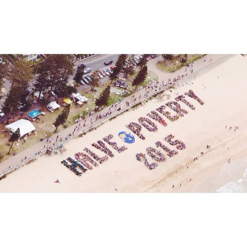 Today, thousands of people gathered on Manly Beach to send a message to our federal politicians - we can halve poverty by 2015. The Movement to End Poverty petition was handed over to Tony Abbott's representative, with over 83,000 signatures and counting. Halvepoverty Endpoverty // Vscocam