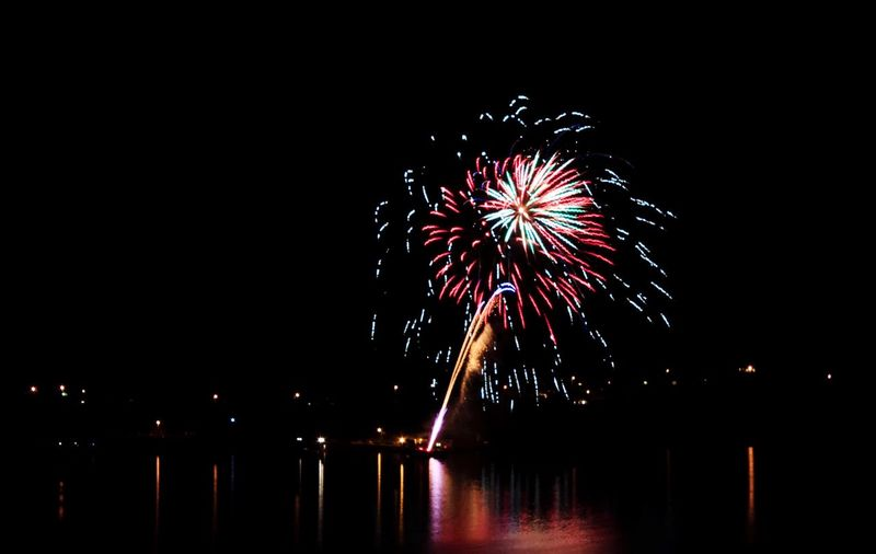 Fireworks Fireworks Long Exposure Longexposure Night Nightphotography Light Painting Celebration Colorful Market Color Colors EyeEm Best Shots Sea And Sky Party
