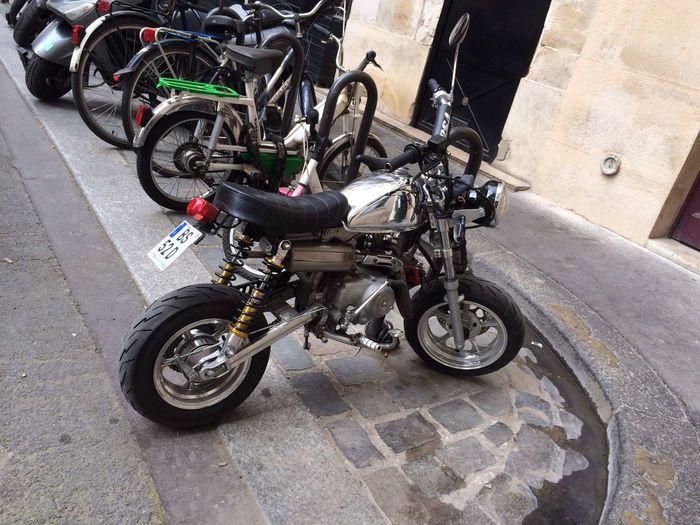 Paris Paris Monkeybike