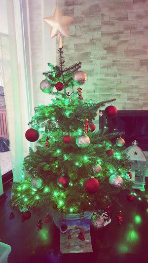 Christmastime Choinka🌲 Pieknieustrojona Tenczas świąteczny