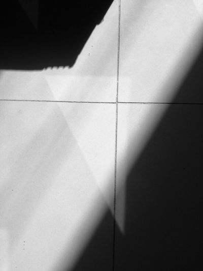 Shadow Tile