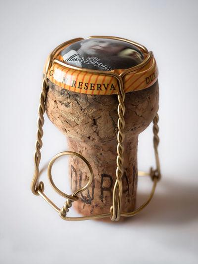 cork.. Cork Sparklingwine Cava Corcho Tapon Tapones De Vino Y Cava Blur Olympus OM-D EM-1 M.zuiko 12-40mm F2.8 Pro Still Life StillLifePhotography Chapa De Cava Gold Close-up