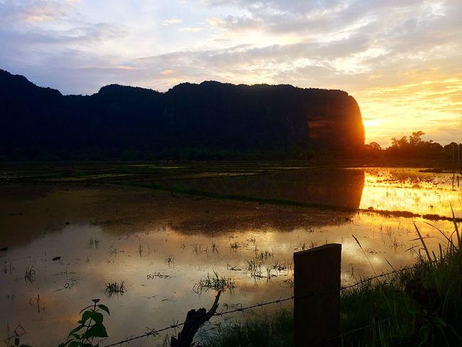 Original Experiences Laos Experience Life Sunset Beauty In Nature Motorbike Trip Thakhek Enjoying Life