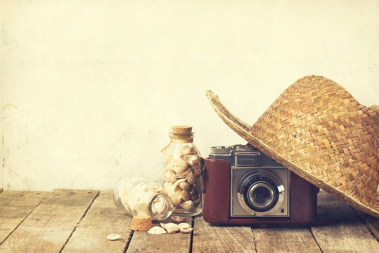 Vacations Retro Styled Indoors  Still Life Technology Antique No People Wall - Building Feature Camera - Photographic Equipment Old Vintage Copy Space Nostalgia Analog Music