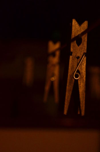 Bored Close-up Detail Epingles à Linge EyeEm Italy Ideas Just Try New Things Photo By Night Profondeur De Champs Selective Focus Simplicity Single Object Sister's Flat Taking Photos