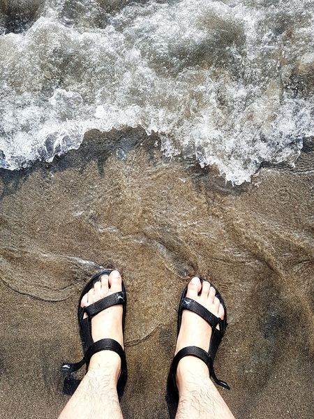 Foot Beauty In Nature Beach Beachgoals Happiness Wave Ocean