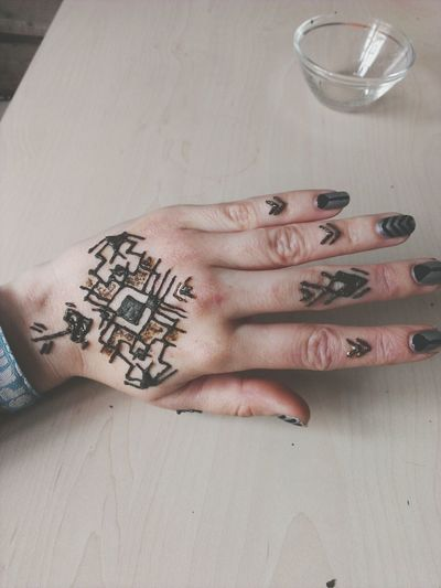 2. Design Tattoo Henna Mehendi Geometric