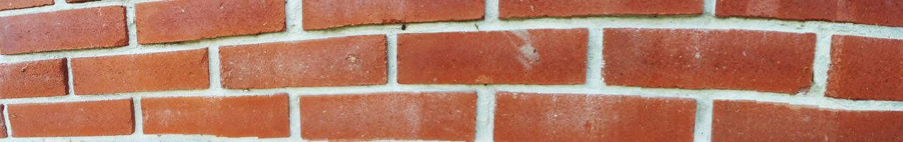 EyeEm Nature Lover EyeEm Best Shots EyeEm Gallery Nature Outdoors Leaves Formation Pebble Detail Aged Beauty Bricks