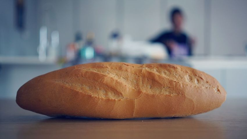 pane, bread Kitchen Table Cucina Kitchen Bread Food Food And Drink Loaf Of Bread Bun Baguette Freshness French Food Whole Wheat Healthy Eating Wholegrain Close-up Indoors  Ready-to-eat Food Stories