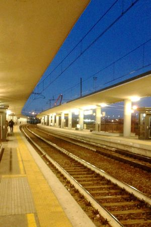Train Station Train Railway Ferrovia Treno Stazione Stazione FS Blue Blu Marrone Brown Yellow Giallo Light Lights Warm Light Luce Luci Luce Calda Sera Evening
