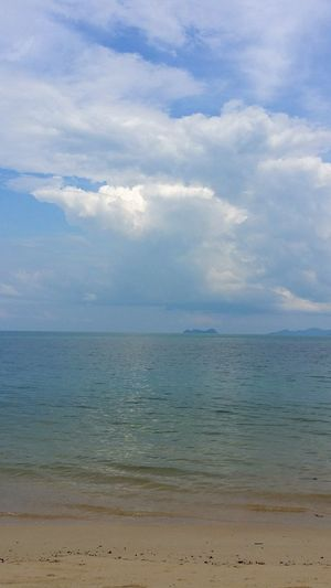 It was a beautiful first day. For the next 10 days, 6 will be raining. Sky And Clouds Clouds Cloudscape Sea The Beach  Ksm_thailand Island Thailand Travelphotography