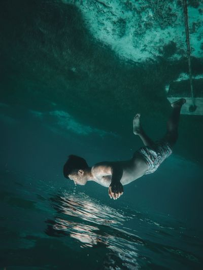 Drowning Illuminated Illusion Full Length Amazing Sea Water Swimming Underwater Nature One Person Lifestyles Real People UnderSea Motion Men Outdoors Adventure The Portraitist - 2018 EyeEm Awards The Creative - 2018 EyeEm Awards A New Perspective On Life