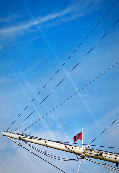 HH_sky_lines. Easter 2018 Hamburgmeineperle Hamburg Sky_collection Close-up Detail Hamburg Harbour Harbour View Harbour Harbor Sailing Sailing Boat Sailing Ship Lines And Shapes Sky Patriotism Flag Low Angle View Cable No People Blue Cloud - Sky Connection Day Architecture Power Line  Built Structure