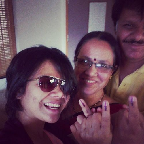Happy voters. Dot hai toh hot hai Voteforchange