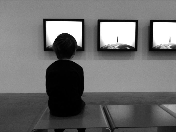 Which? 3 Screens Black & White Child Gallery Hypnotise Real People Sitting Starting A Trip Tate Modern Technology Wall