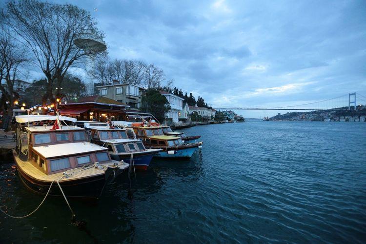 Ships Sea Vessels Boats Bosphorus Bosphorus Bridge